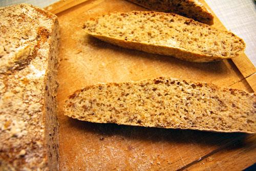 Hør og Amaranth Brød